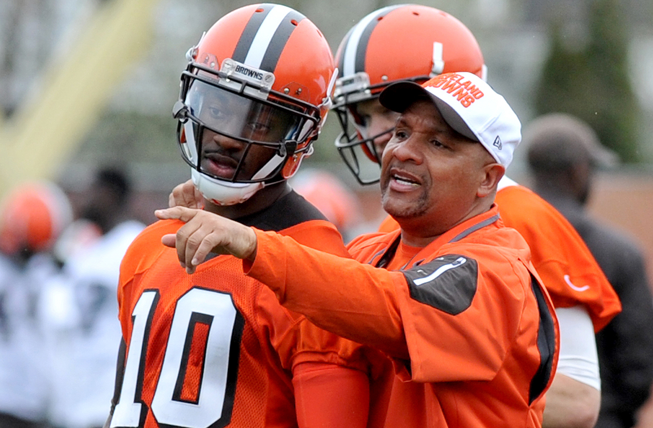 Hue Jackson is going to make his quarterbacks—Griffin and Josh McCown—earn the starting job.
