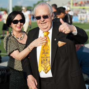 Saints owner Tom Benson and his wife, Gayle, at the Pro Football Hall of Fame game in 2012.