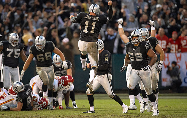 With punter Shane Lechler (9) as his holder, Janikowski became a centerpiece of Raiders teams low on entertainment—or wins.