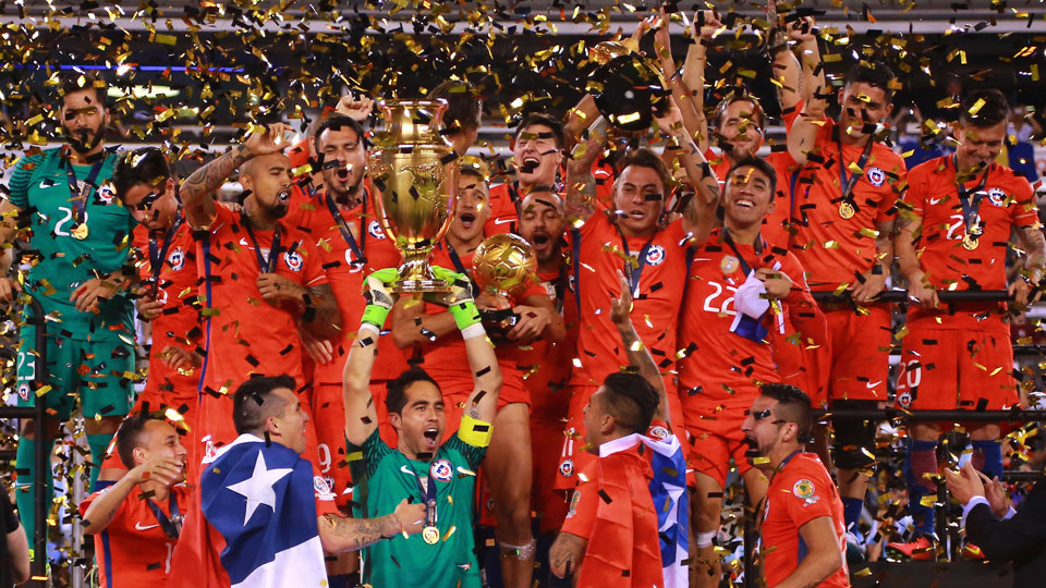 Chile wins Copa America Centenario, beating Argentina in penalty kicks for a second straight year