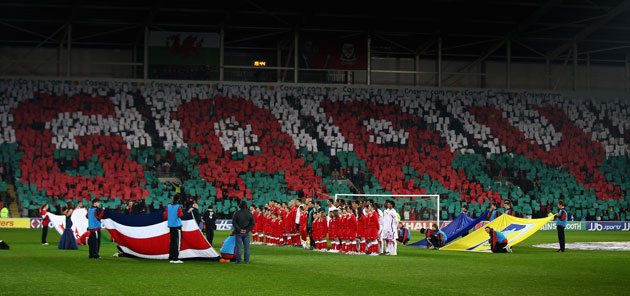 Wales fans pay tribute to Gary Speed