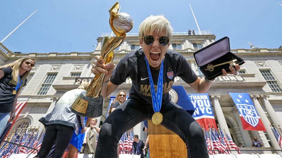 Megan Rapinoe is in a race to get healthy for the 2016 Olympics