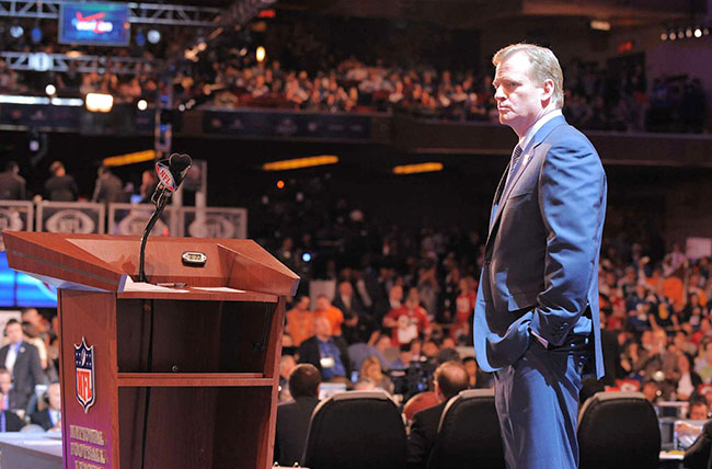 Then in New York, and now in Chicago, Goodell has not received warm greetings on draft night.