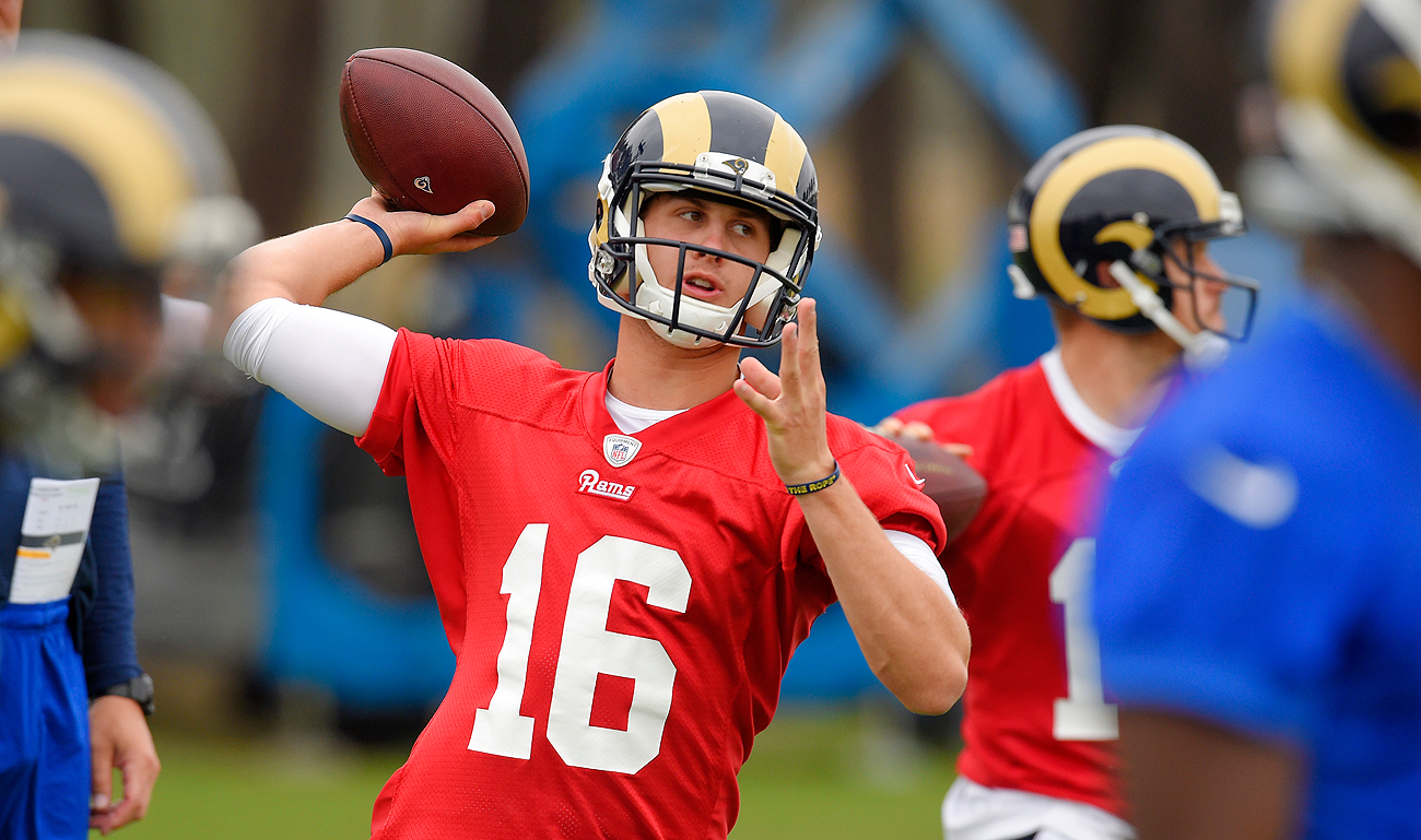 In Los Angeles, the pressure will be low on 2016 No. 1 overall draft pick Jared Goff.