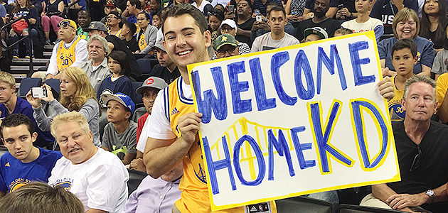 kevin-durant-warriors-oracle-arena-sign