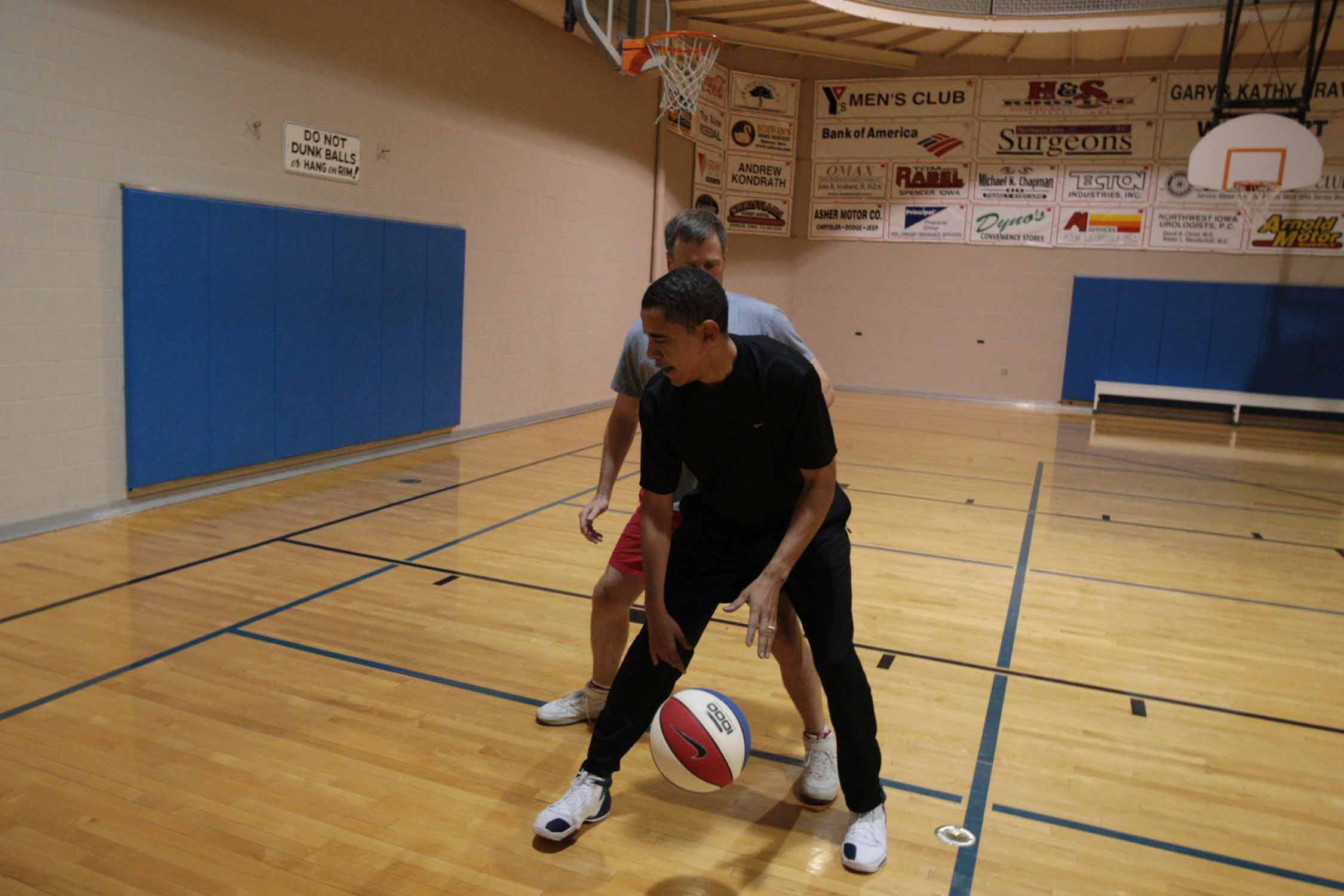 Barack Obama backing his man down in the post in 2007.