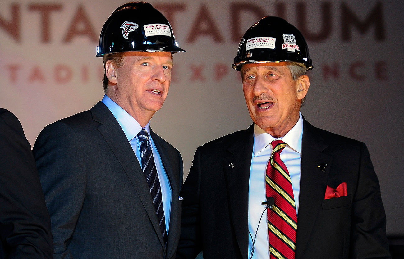 NFL commissioner Roger Goodell has been a punching bag for the public but still has the support of owners like the Falcons' Arthur Blank.