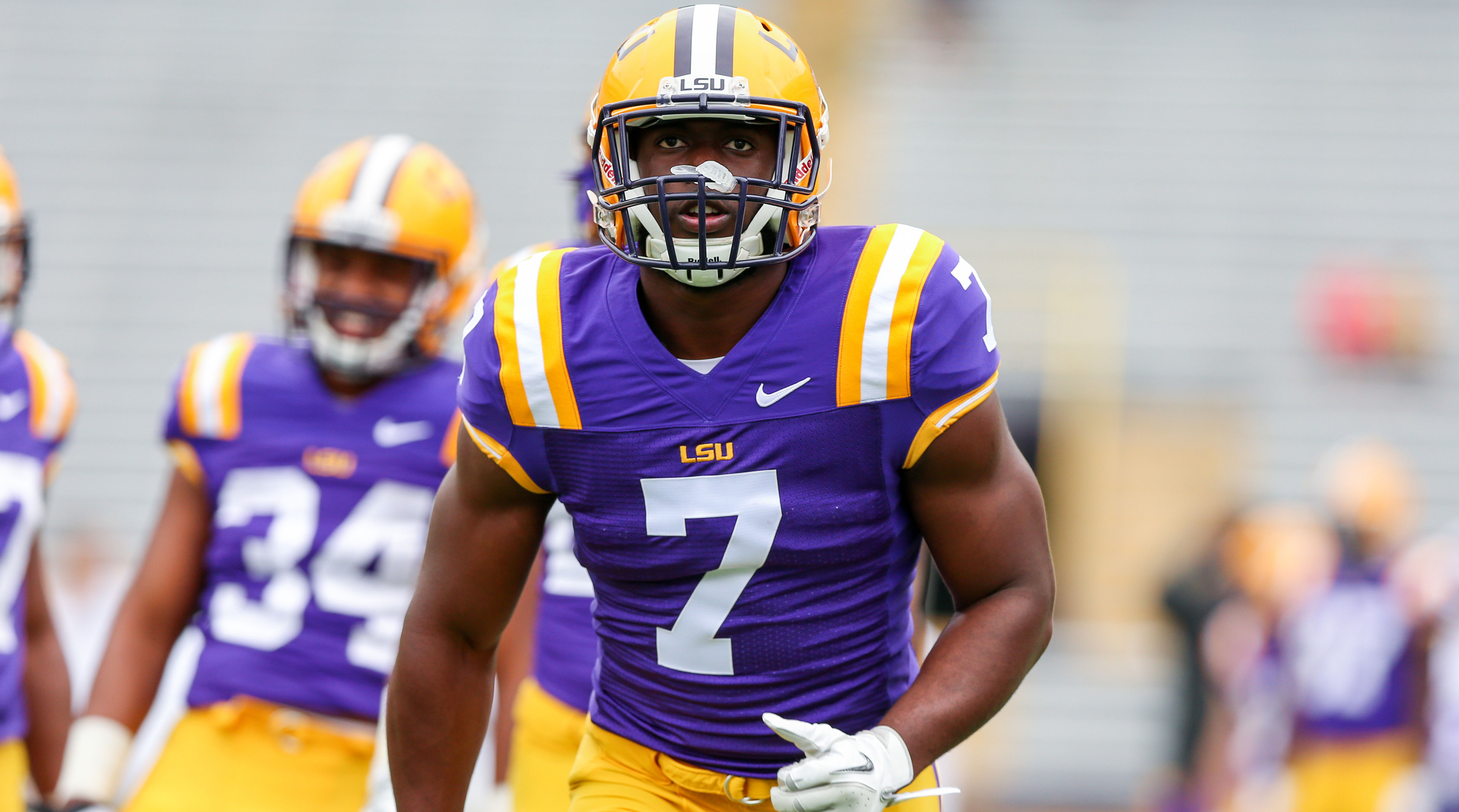 Leonard Fournette Lsu Star Dealing With Ankle Injury Si Com