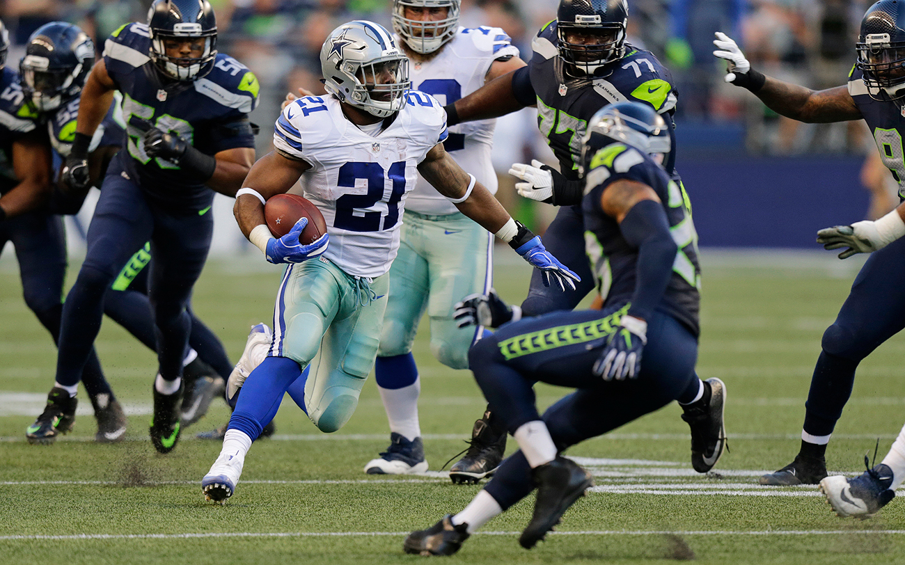 In his first preseason action, Ezekiel Elliott ran seven times for 48 yards against Seattle.