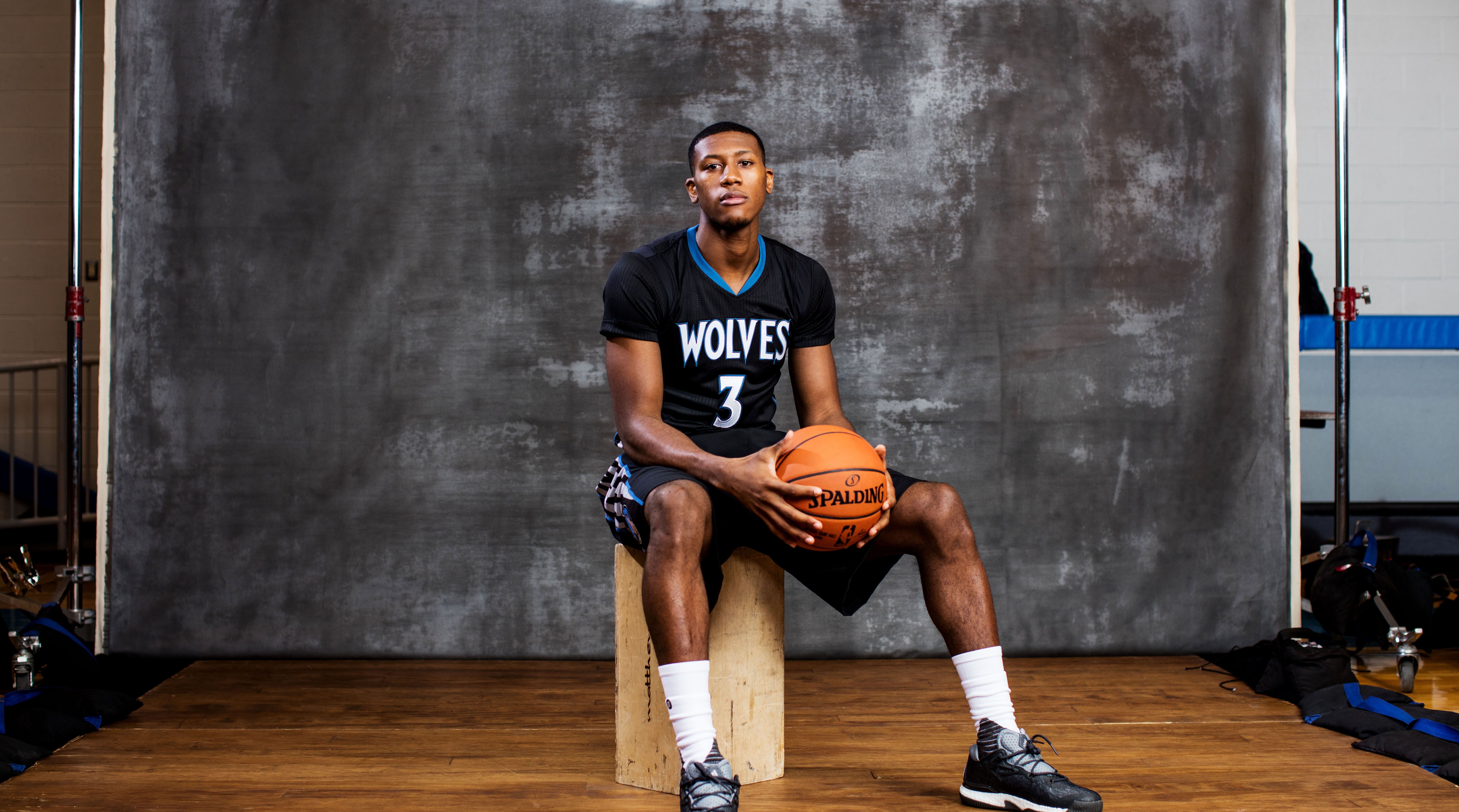 dcf26fedb Timberwolves guard Kris Dunn favorite to win Rookie of the Year