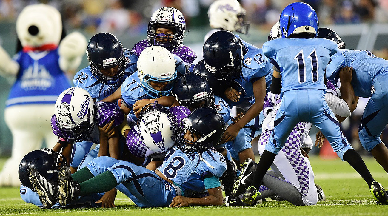 Pop Warner lawsuit: CTE cases in youth football drive moms to sue league