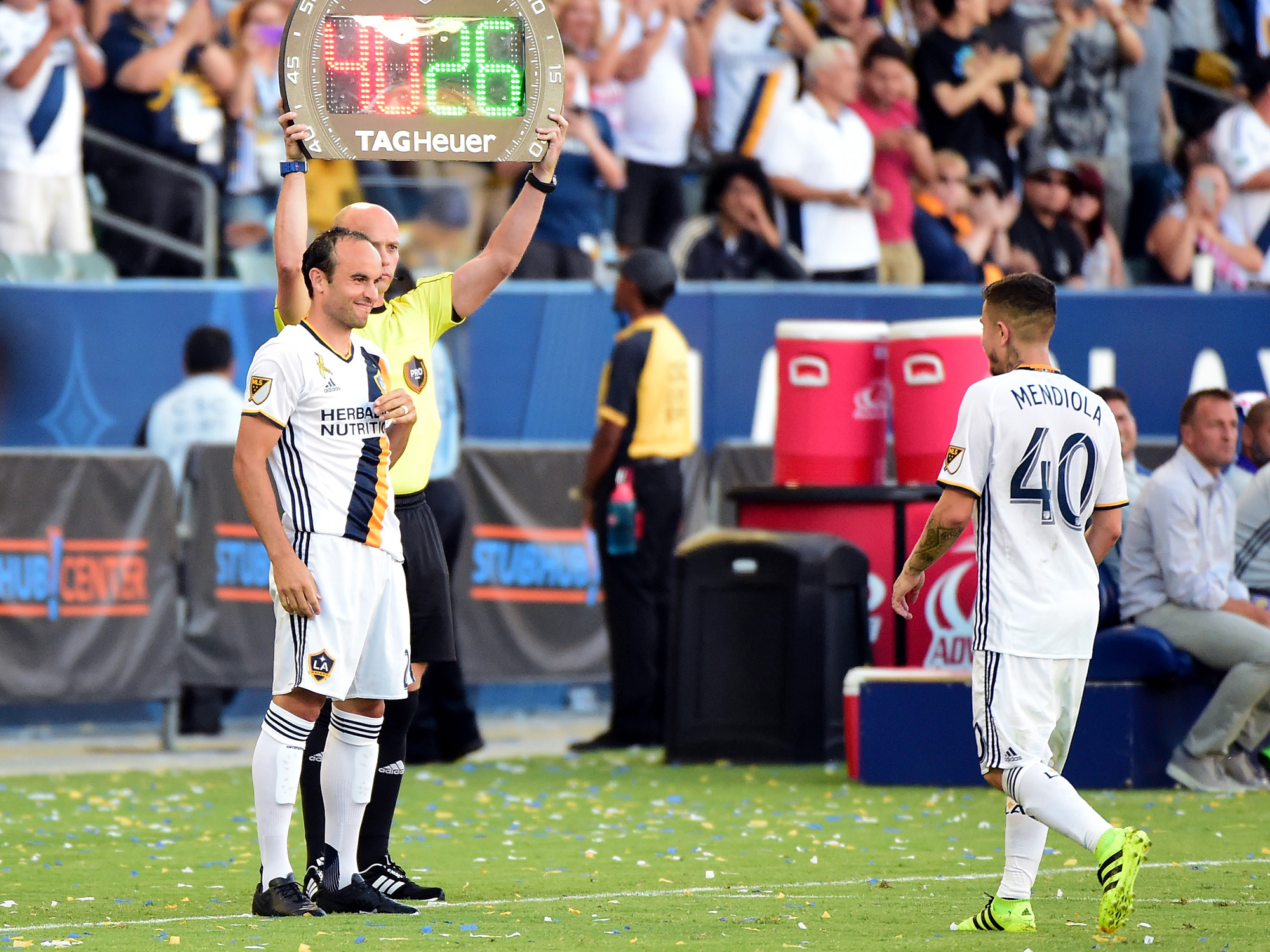 Landon Donovan makes his return to the LA Galaxy as a substitute
