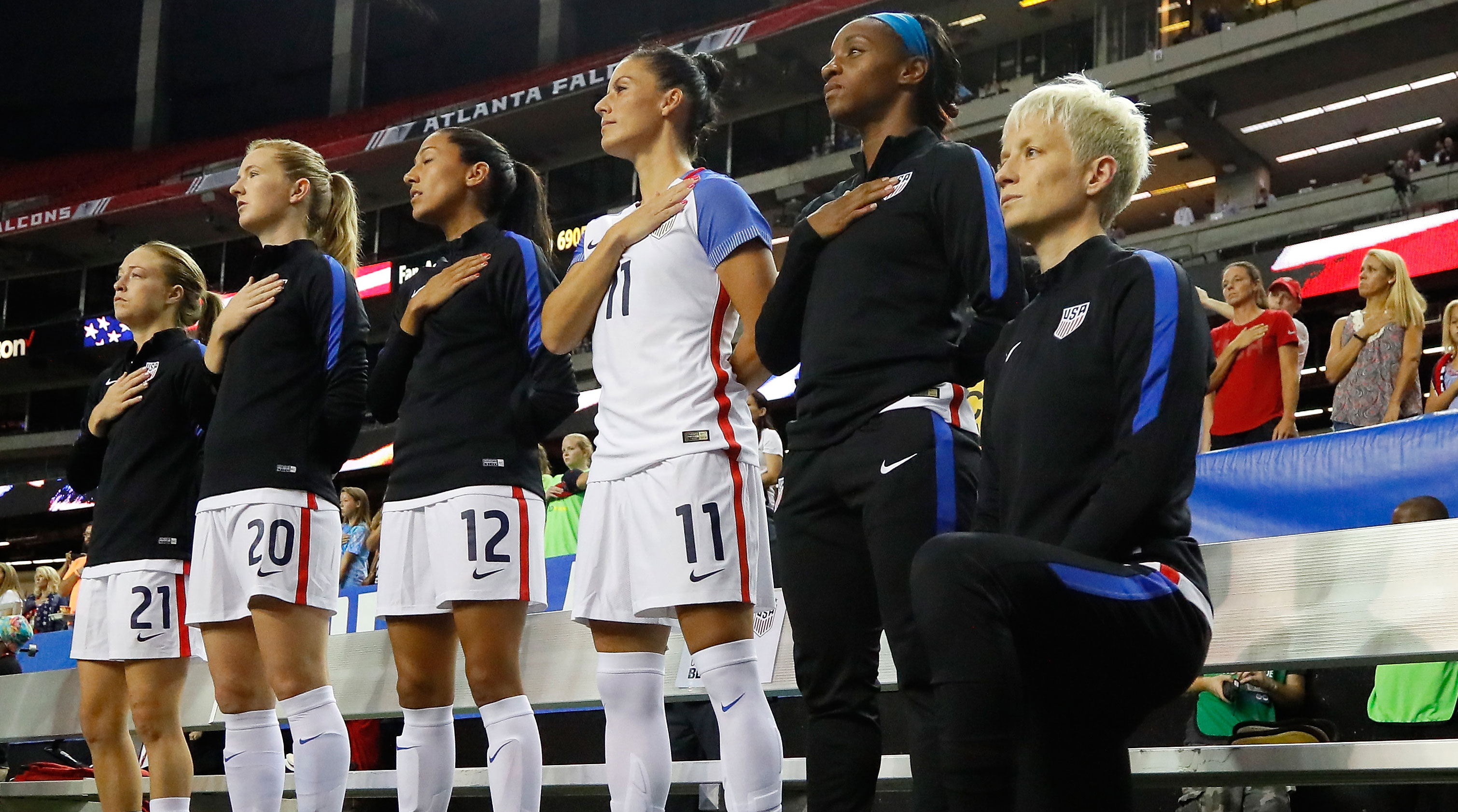 megan rapinoe national anthem