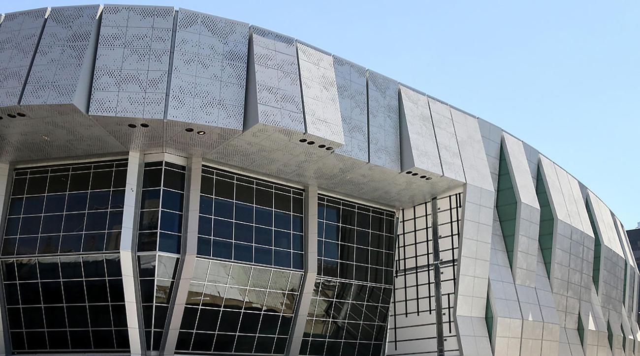 Kings Golden 1 Center Earns Highest Leed Certification Si
