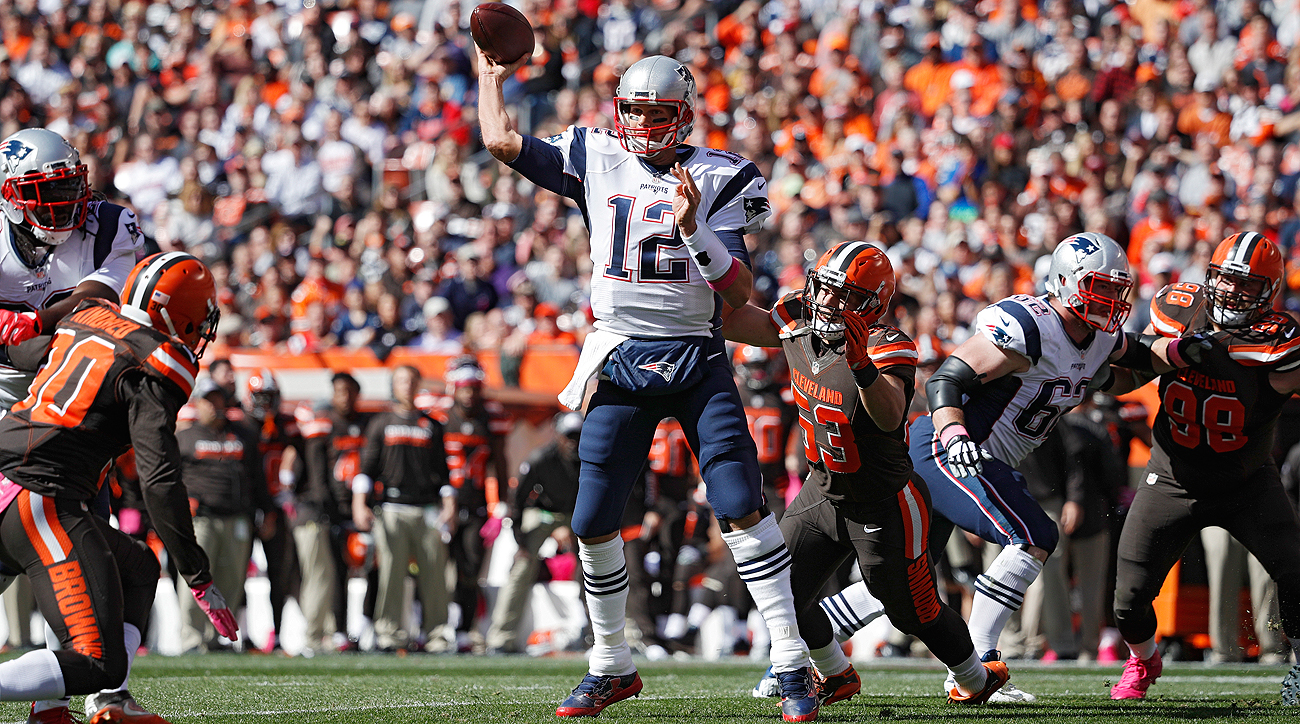 Tom Brady said he felt rusty, but the numbers (406 yards passing) didn't reflect it.