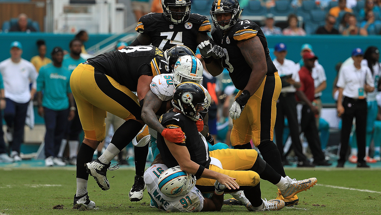 The Steelers will be without Ben Roethlisberger while he recovers from a knee injury suffered during Sunday's loss to the Dolphins.