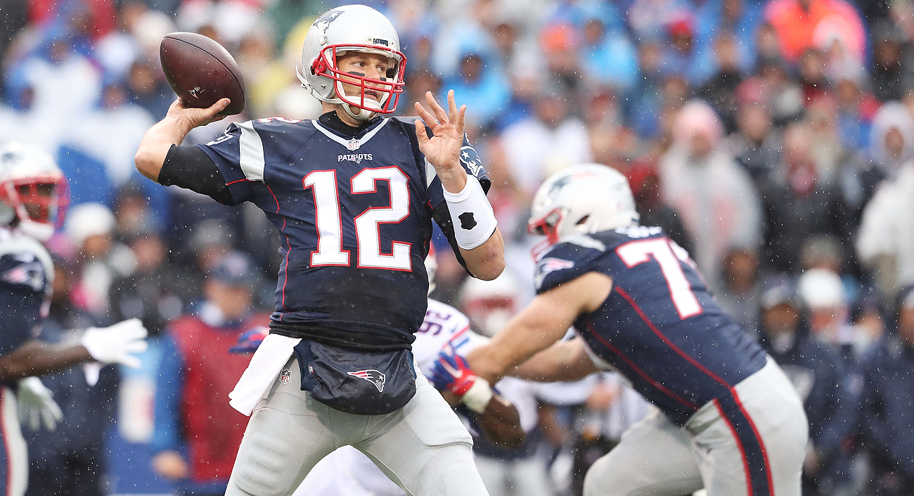 Tom Brady went 22 of 33 for 315 yards and four touchdown passes in leading the Patriots over the Bills on Sunday.
