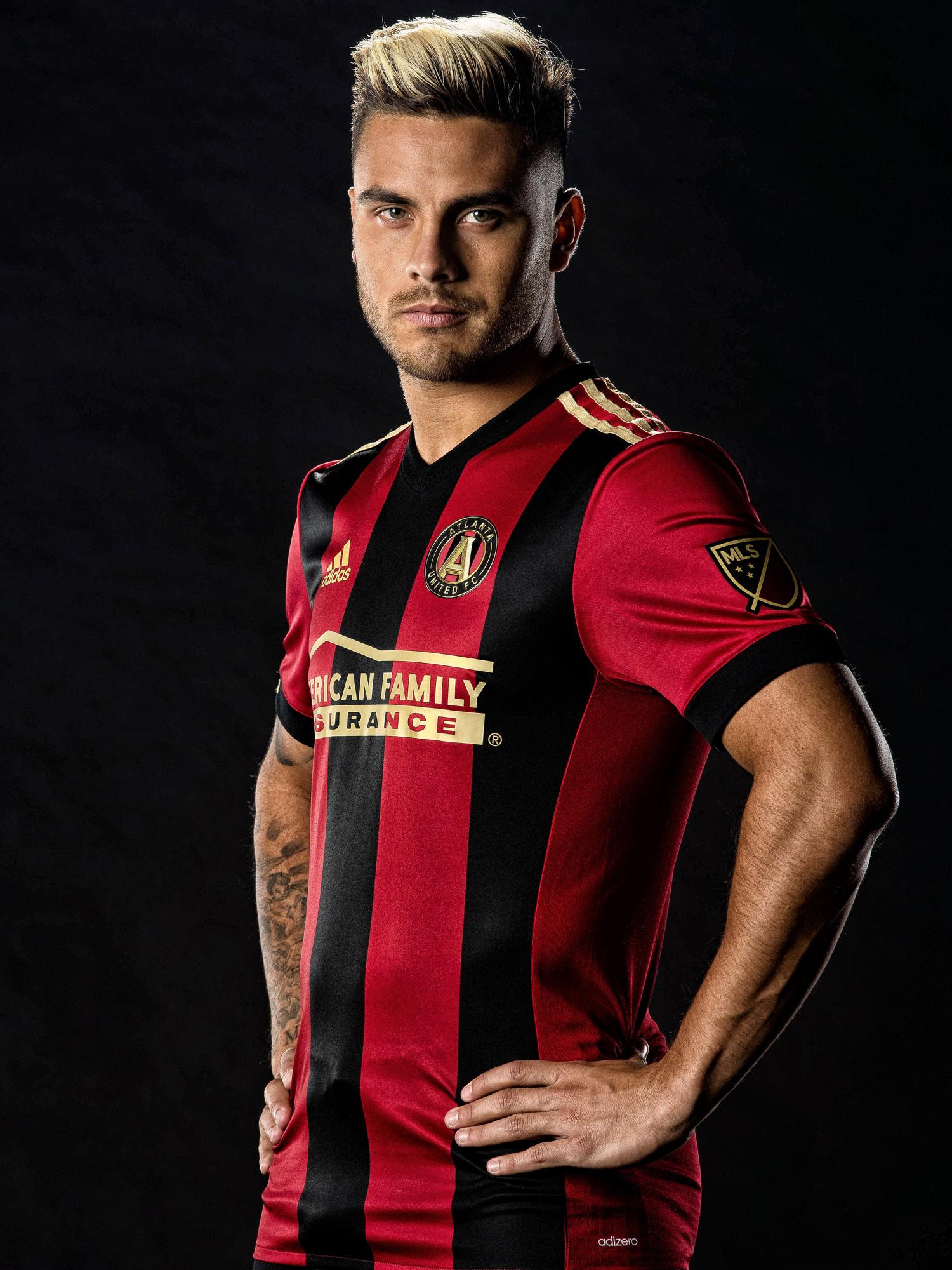 Hector Villalba shows off the new Atlanta United FC jersey