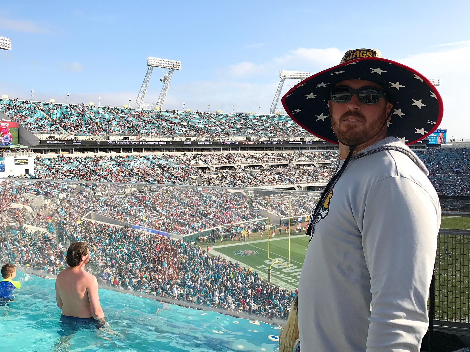 Nfl odd jobs selfies bikinis football hanging by the - Jacksonville jaguars swimming pool ...