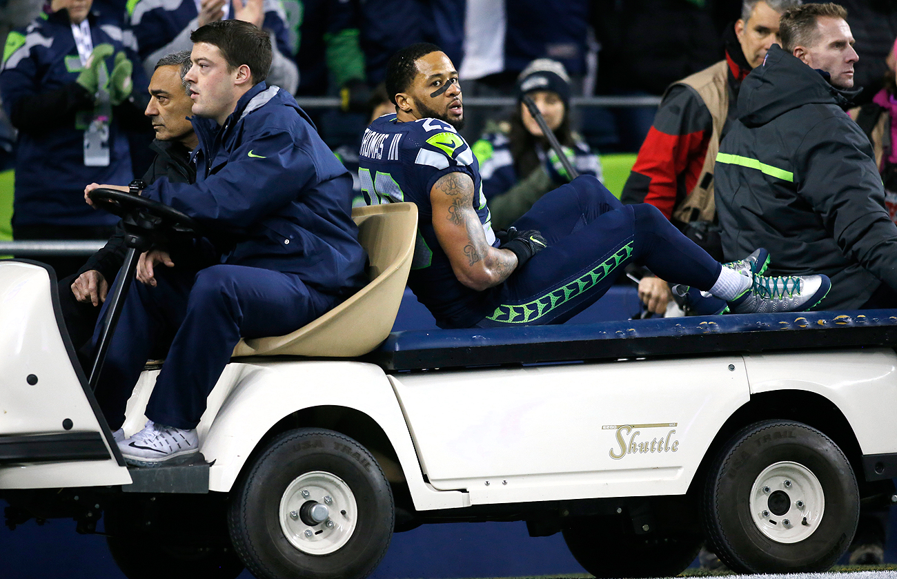 Earl Thomas' injury put a damper on the Seahawks' easy win over the Panthers on Sunday night.