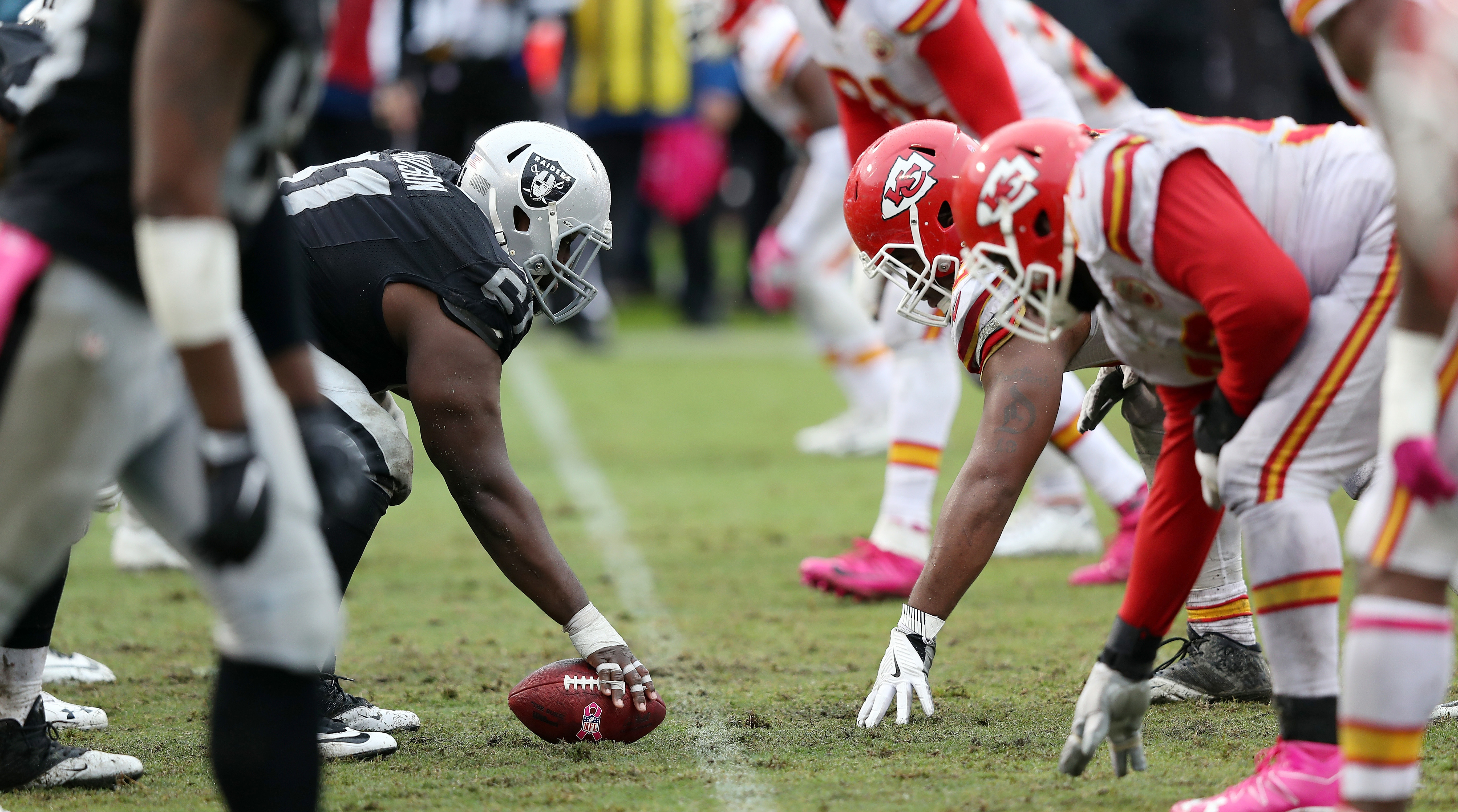 Thursday Night Football Chiefs Raiders To Renew Rivalry