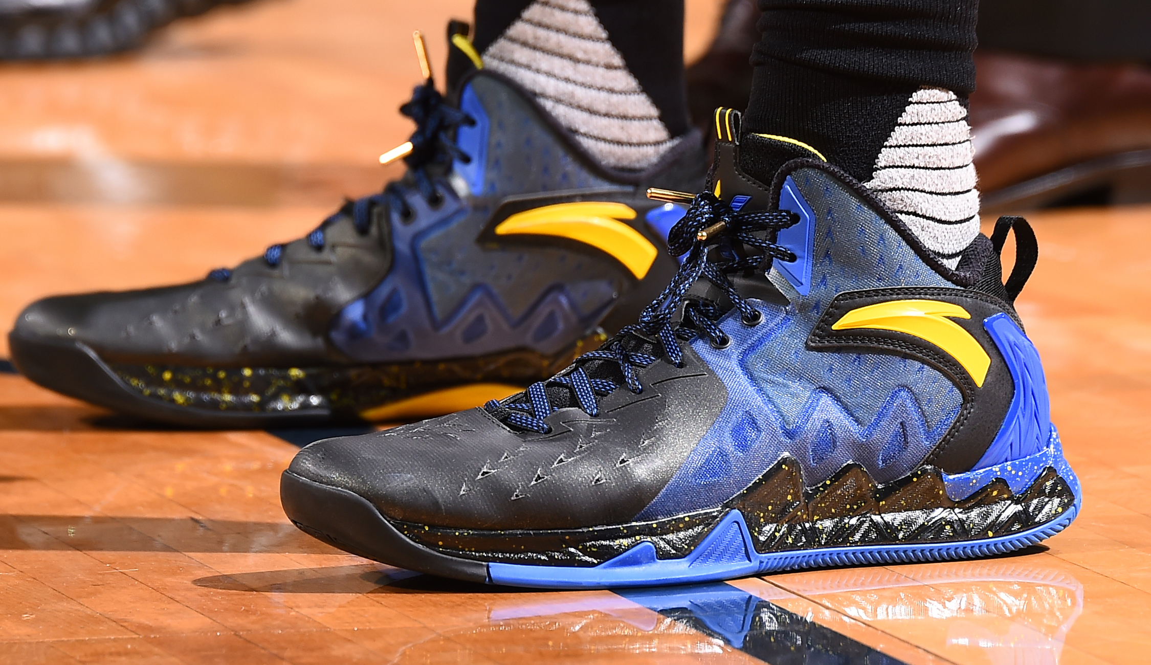 46de7866b69 Anta KT2 worn by Klay Thompson