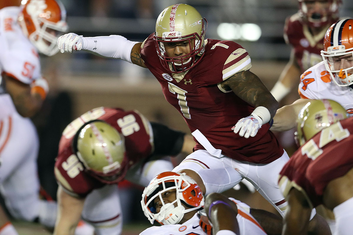 Landry's 15.0 sacks tied for the national lead with Florida State DE Demarcus Walker. He has a chance to sneak into the first round, and he has uncommon speed for a down lineman, often blowing by the bigger tackles usually tasked with marking him.