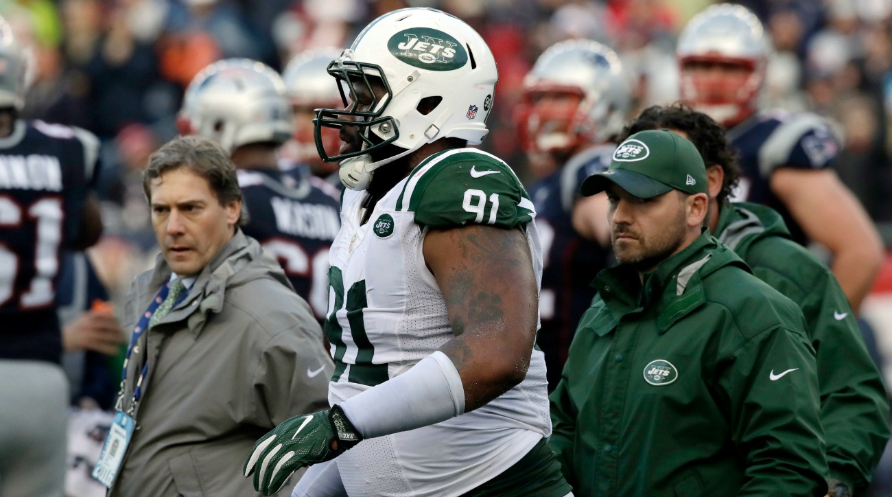 New York Jets Sheldon Richardson swipes Brandon Marshall