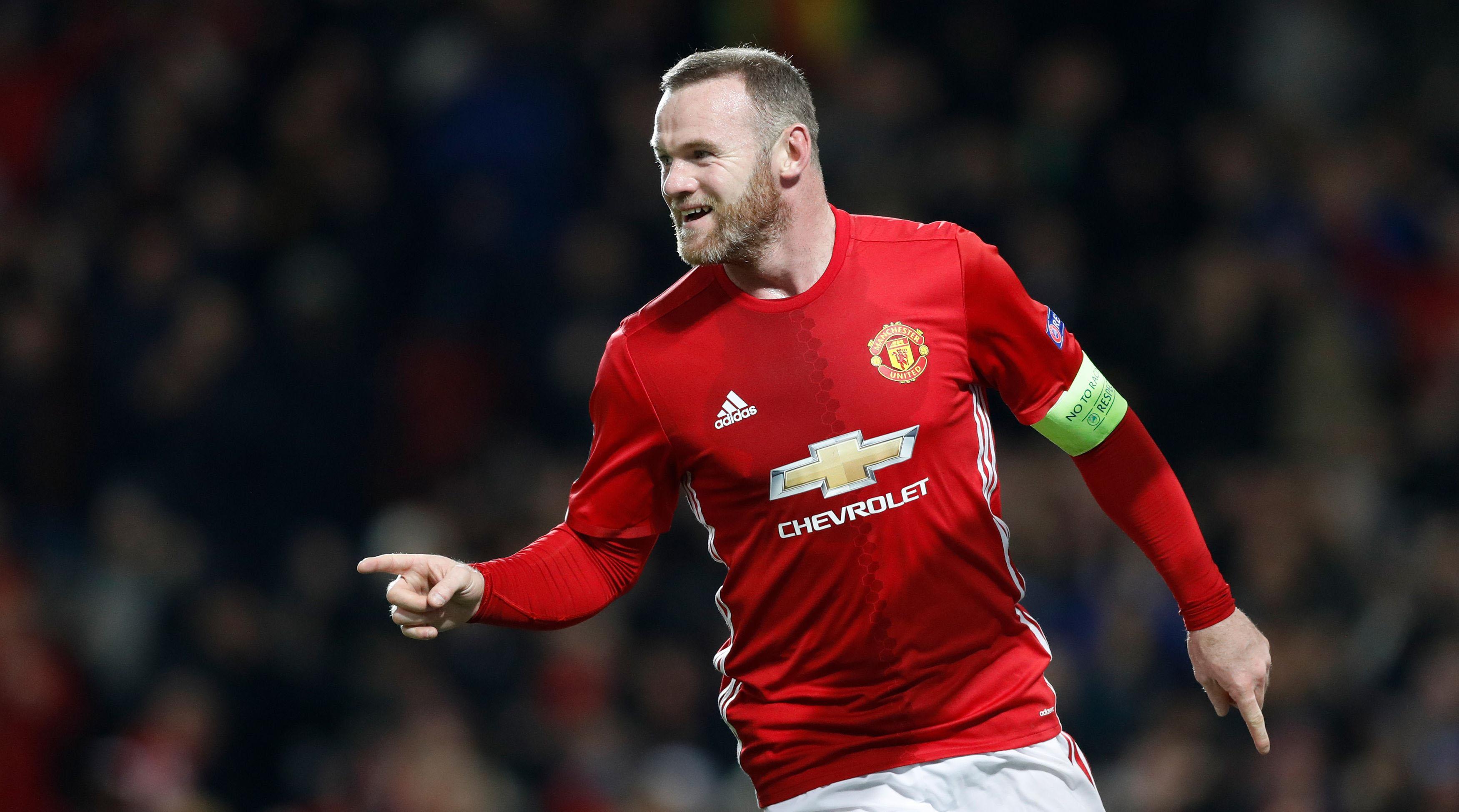 Wayne Rooney will start for Manchester United against Reading.