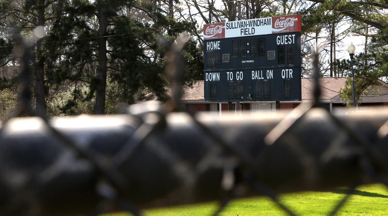Though EMCC has a spiffy new stadium, LeGarrette Blount's old stomping grounds remain.