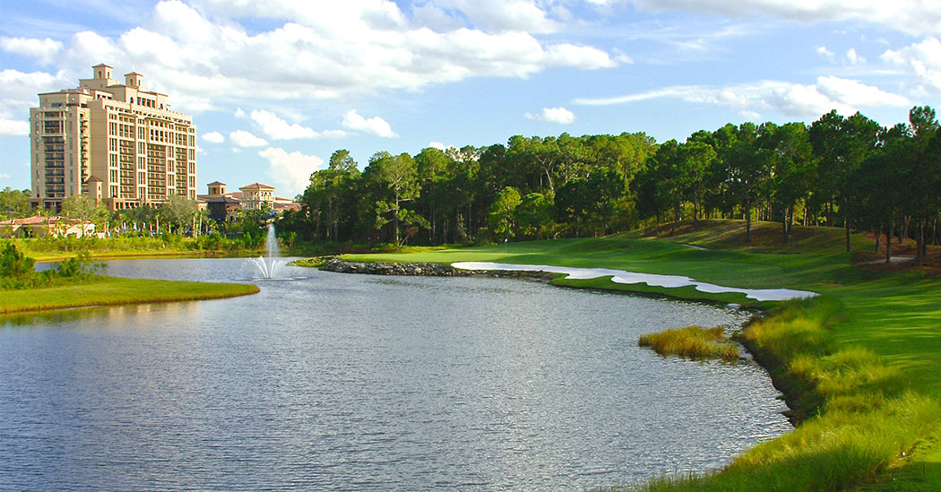 Tranquilo Golf Club's signautre par-3 finishing hole.