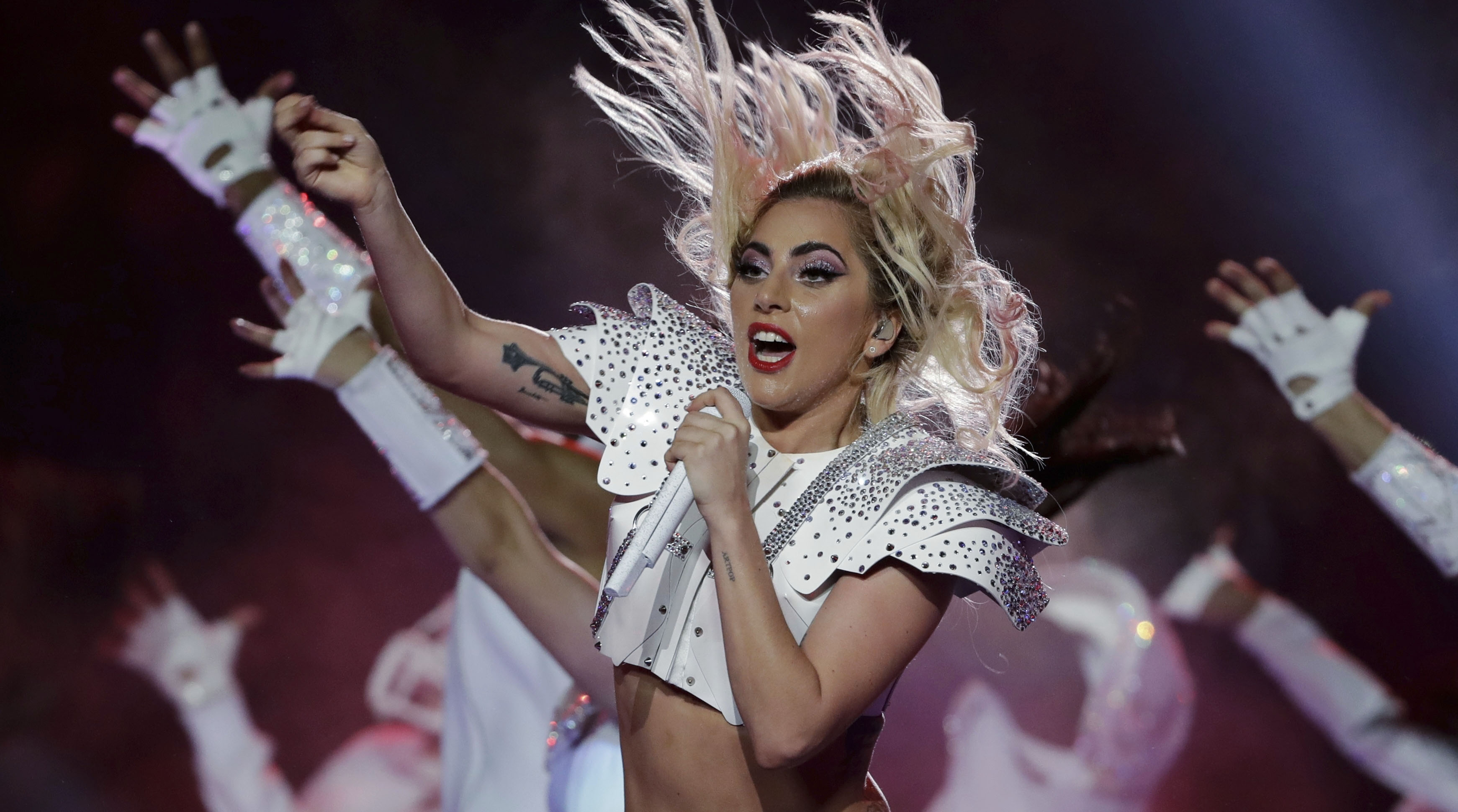 Athletes and celebrities react to Lady Gaga's halftime show