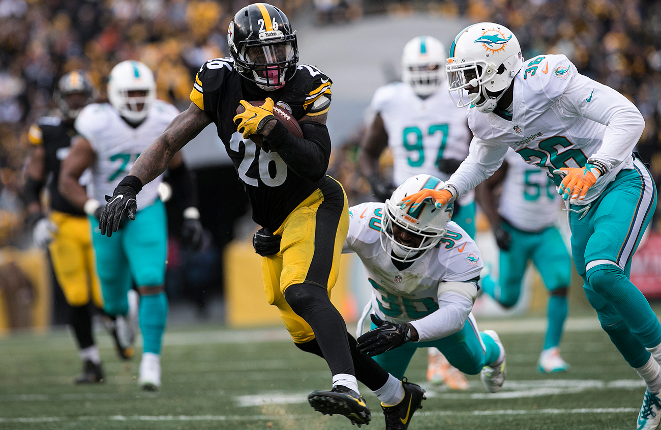 Pittsburgh's Le'Veon Bell is a candidate for the franchise tag, which could top $12 million for running backs.