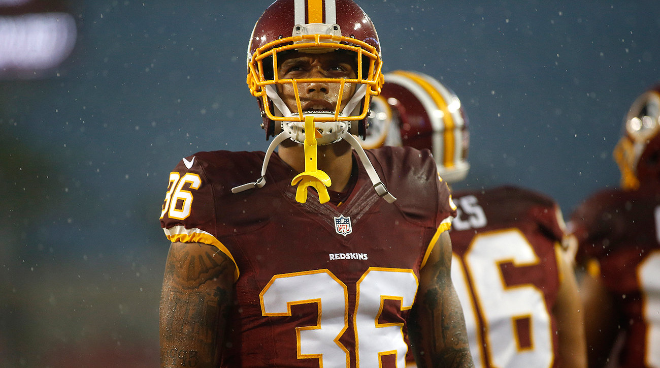 Su'a Cravens didn't play the final three Redskins games in 2016 due to a biceps injury.