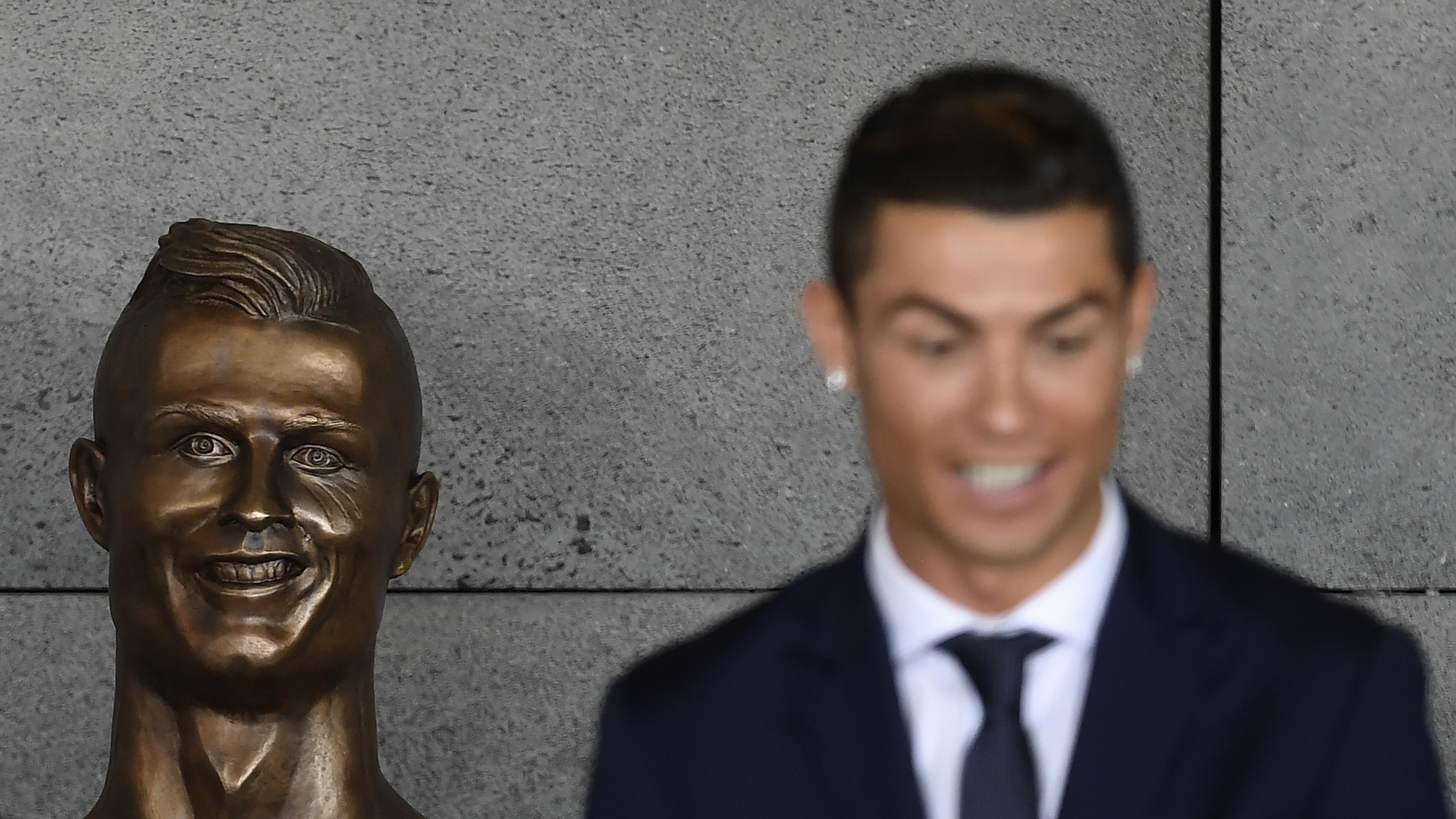 Cristiano Ronaldo statue: Sculptor explains his mistake