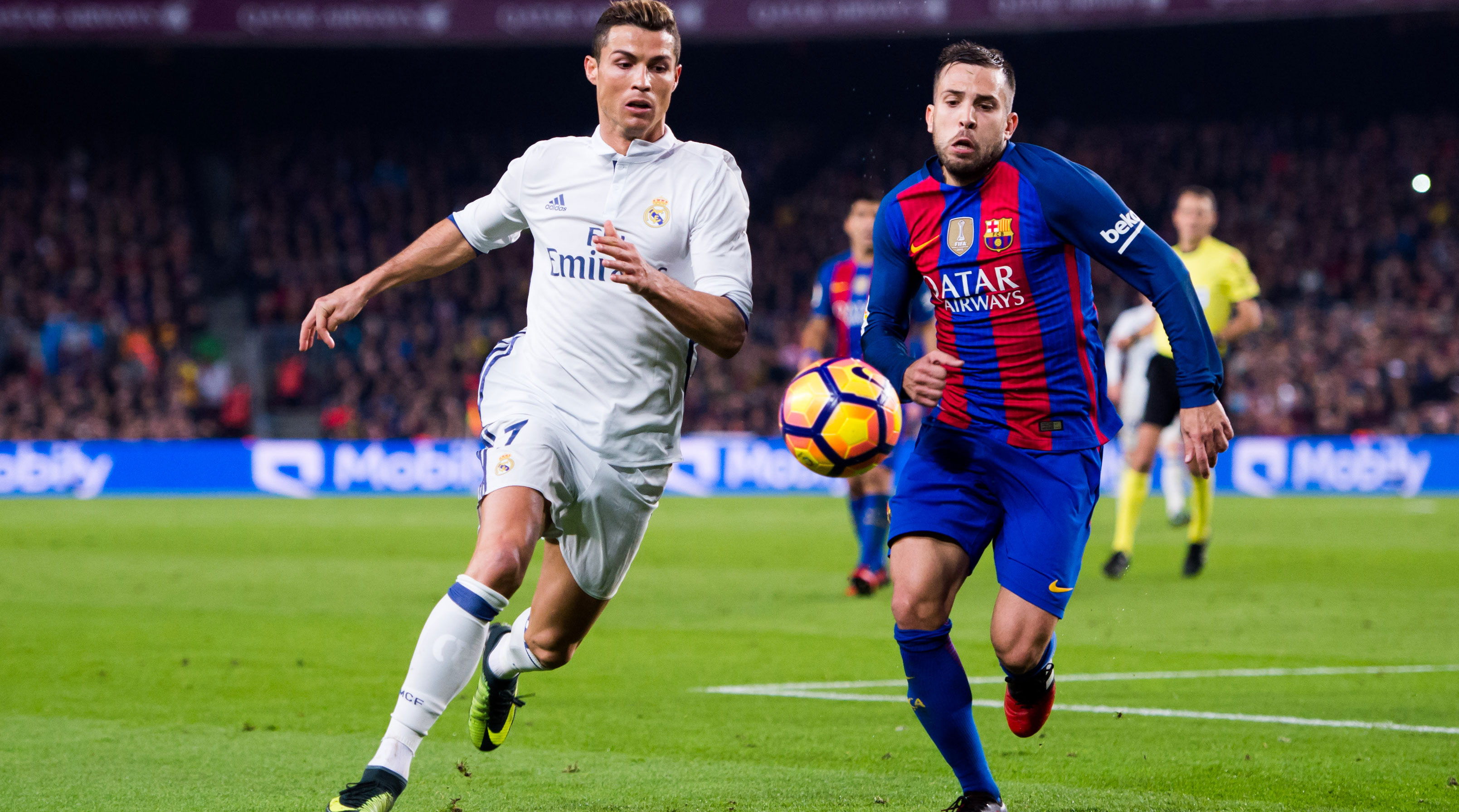 real madrid vs barcelona live Real madrid xi: courtois, nacho, marcelo, ramos, varane, casemiro, kroos, modric, isco, bale, benzema betting & match odds home side barcelona are the favourites to win the first clasico of the.