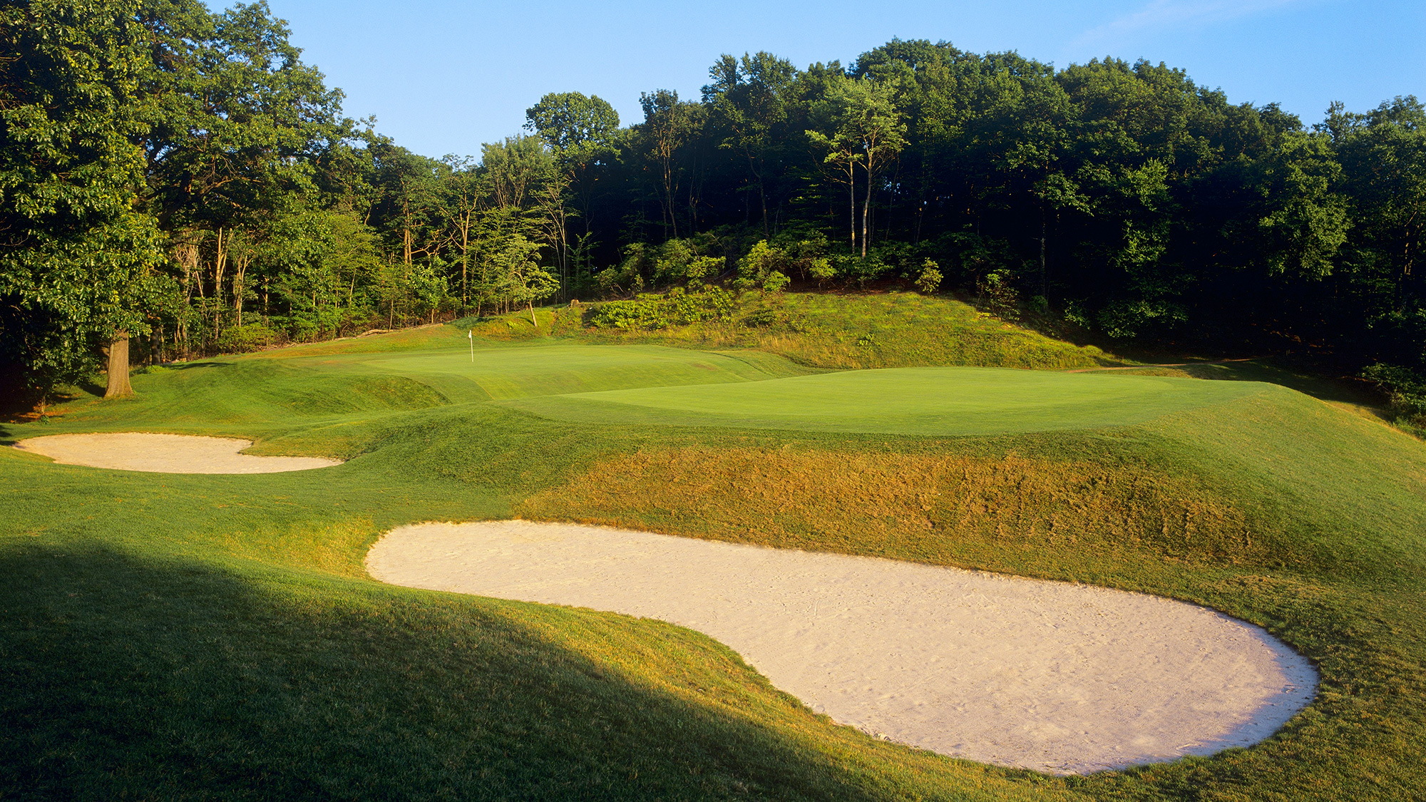 """<p><strong>Public:</strong> Lake of Isles (North), North Stonington</p><p><strong>⇐ Private:</strong> Yale University, New Haven</p>                       <p><a class=""""standard-button"""" href=""""http://www.golf.com/tee-times#/course/lake-of-isles-north-course-connecticut"""" target=""""_blank"""">TEE TIMES</a></p>"""