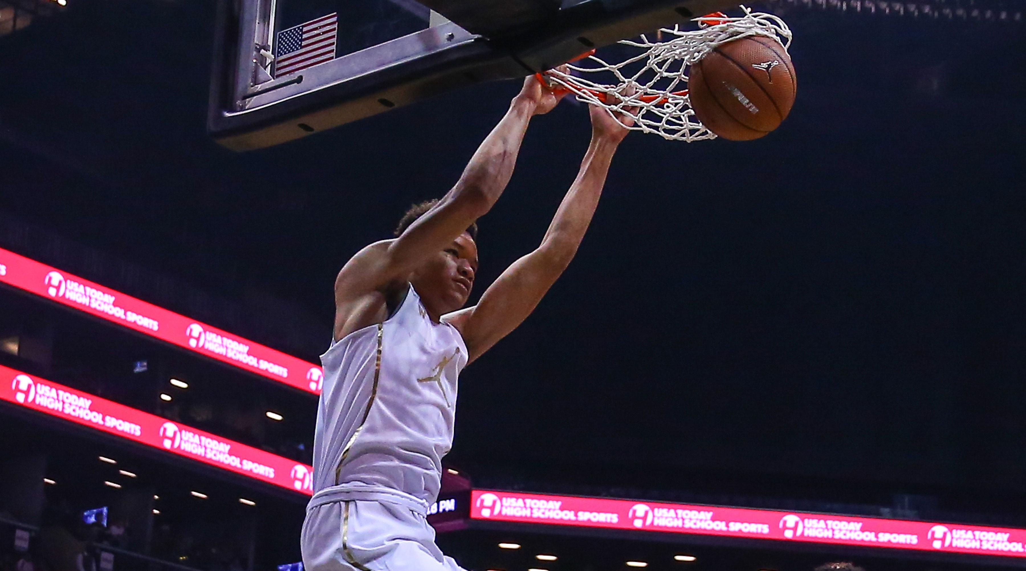 Kevin Knox Explains Decision To Pick Kentucky Basketball: Kevin Knox Picks Kentucky Over UNC, Duke