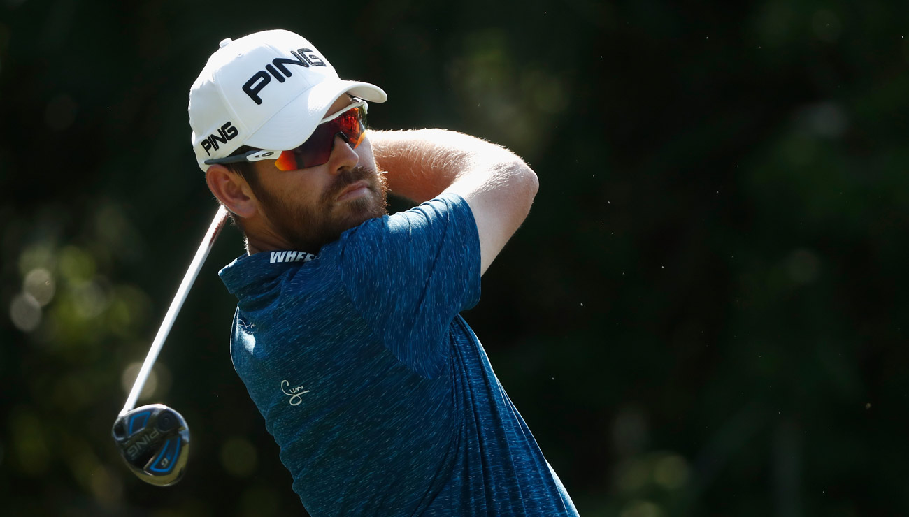 Louis Oosthuizen shot a second round of 66 to share the 36-hole Players Championship lead with Kyle Stanley.