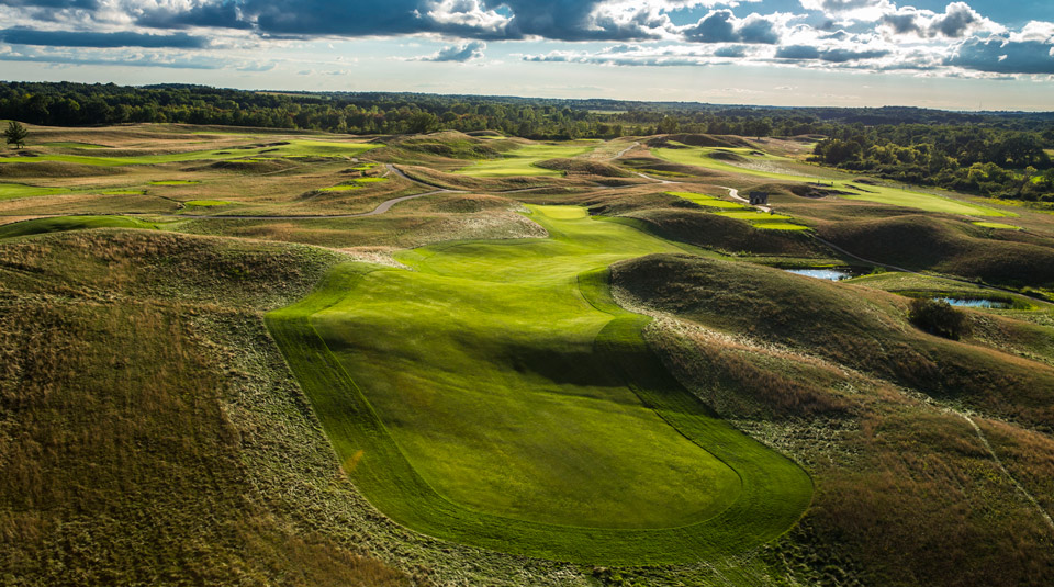 The 12th hole at Erin Hills.