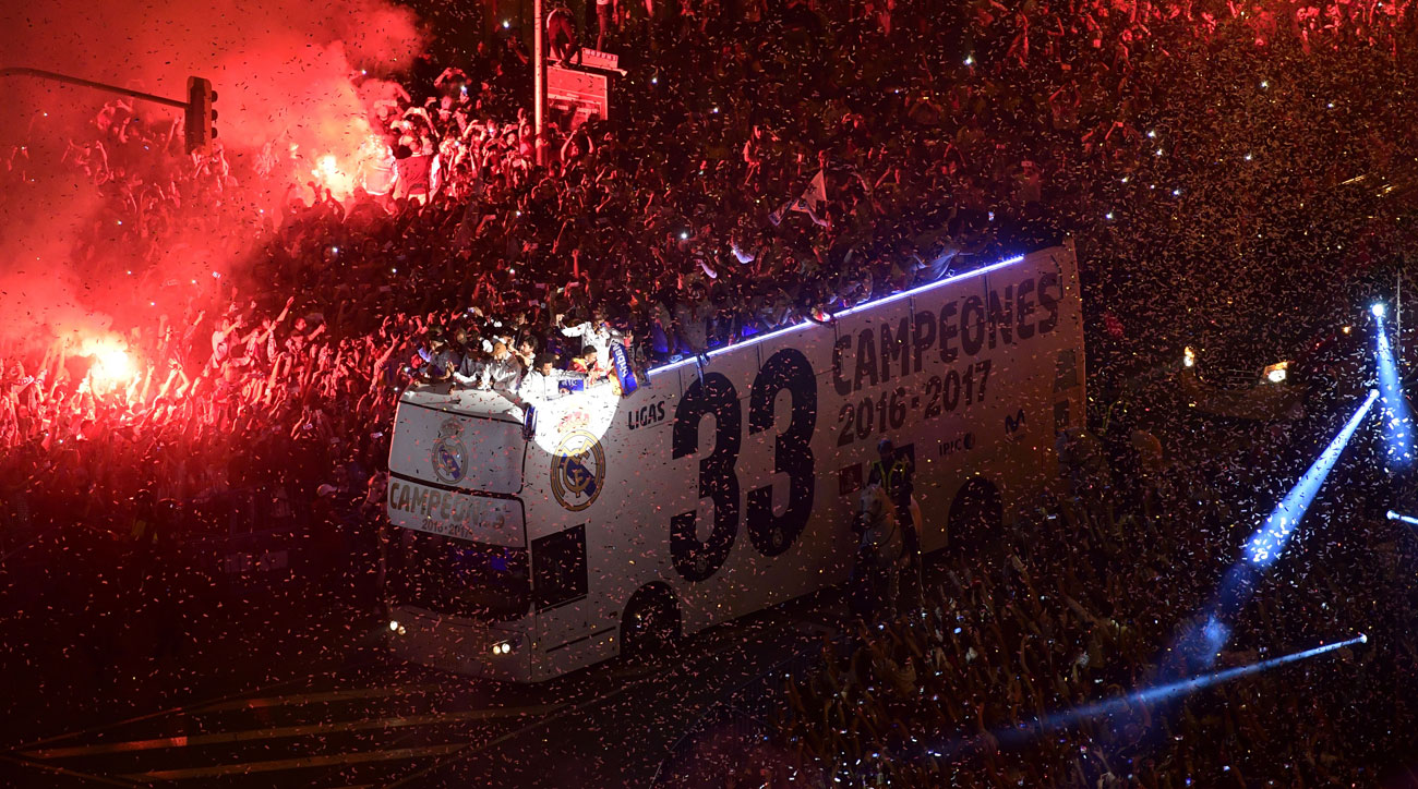 Real Madrid celebrates winning La Liga