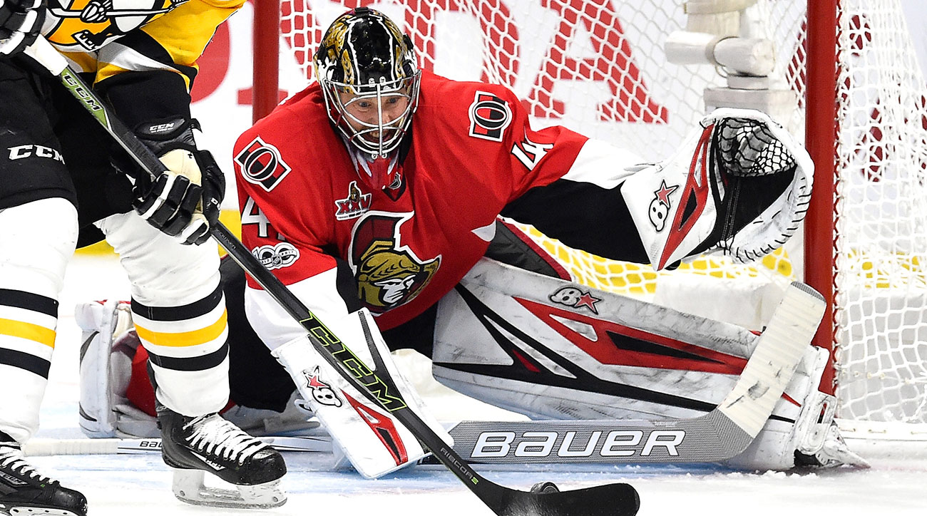Craig Anderson #41 of the Ottawa Senators during the second period in Game Six of the Eastern Conference Final during the 2017 NHL Stanley Cup Playoffs at Canadian Tire Centre on May 23, 2017 in Ottawa, Canada. (Photo by Minas Panagiotakis/Getty Images)