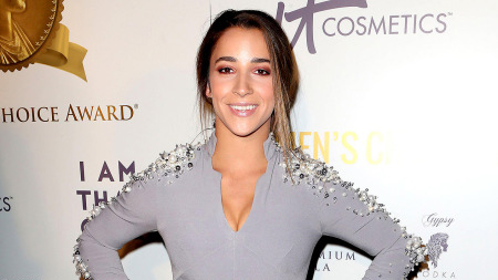 Aly Raisman responds to body shaming incident at airport