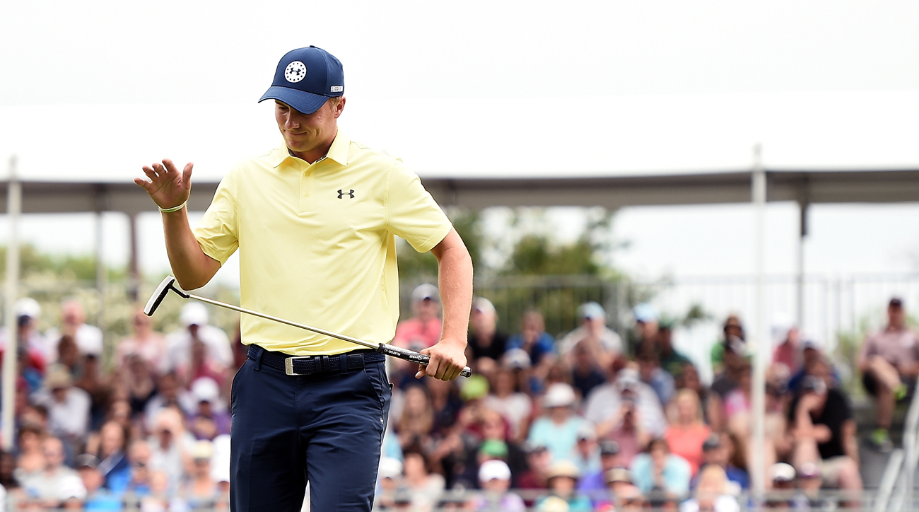 Jordan Spieth reacts after missing a birdie putt on the 17th green Sunday.