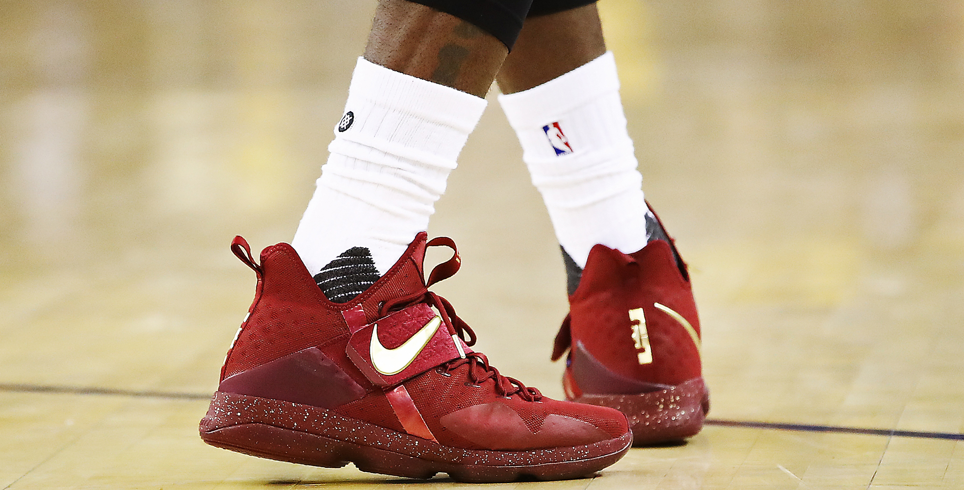 Nike LeBron XIV PE worn by LeBron James