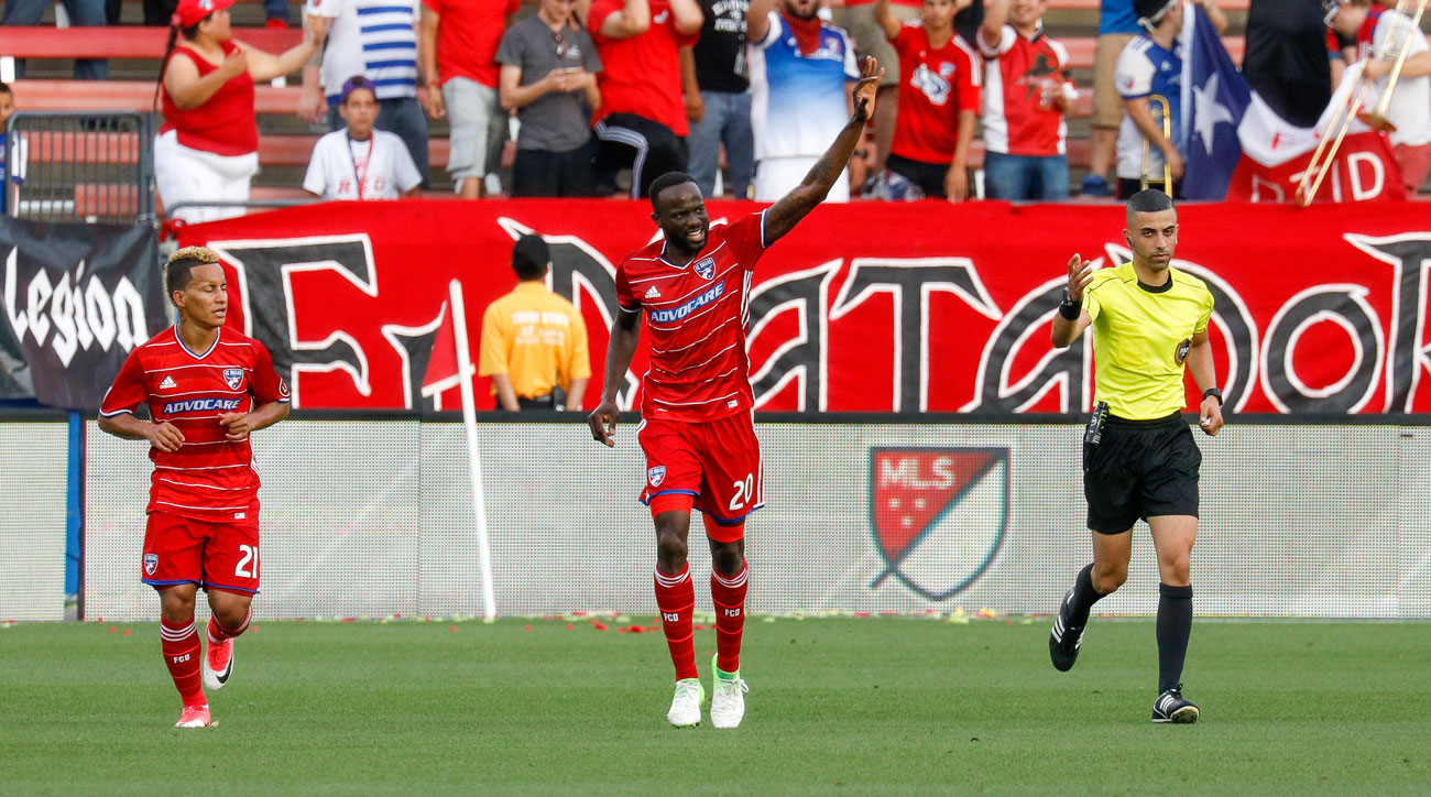 Roland Lamah scores a hat trick for FC Dallas