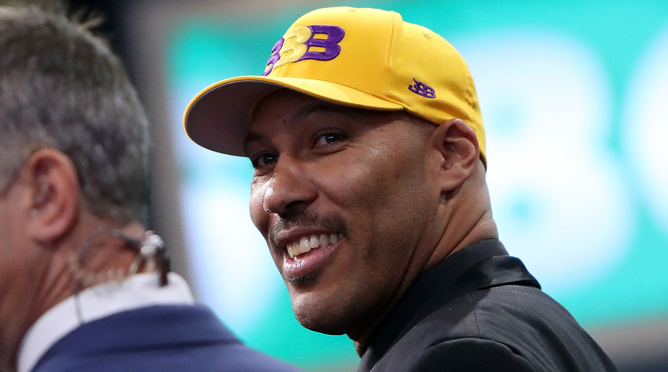 Watch: LaVar Ball gets booed mercilessly by crowd at NBA Draft