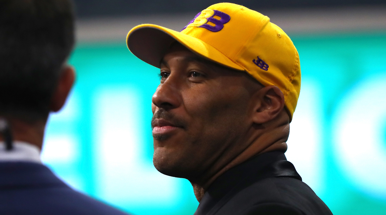 Could LaVar Ball be making an appearance on WWE Monday Night Raw?