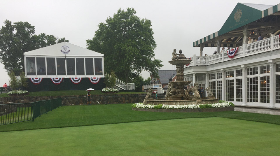 The so-called Trumpbox has a nice view of the 16th hole, a watery par 3.