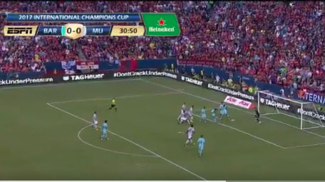WATCH: Neymar puts Barcelona up 1-0 on Manchester United